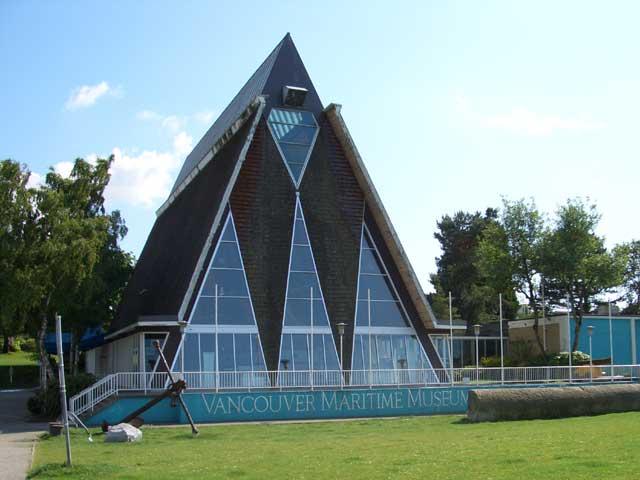 ロイヤル・ティレル古生物学博物館 - Royal Tyrrell Museum of Palaeontology